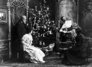 2 Δεκεμβρίου 1882: Ο Τόμας Έντισον στολίζει το πρώτο χριστουγεννιάτικο δέντρο με λαμπιόνια