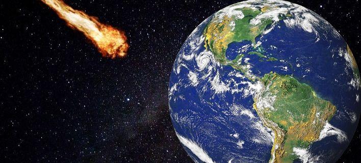 Κομήτης σε απόσταση αναπνοής από τη Γη – Ορατός με γυμνό μάτι – Ετοιμαστείτε έρχεται αυτό το Σαββατοκύριακο