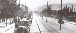 Κυριακή, 27 Απριλίου 1941: Οι Γερμανοί μπαίνουν στην Αθήνα – Η παράδοση της πόλης στο καφενείο των Αμπελοκήπων