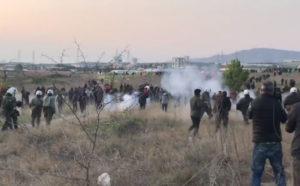 Άρχισε το Χάος – Άγρια επεισόδια με «πρόσφυγες» στην Θεσσαλονίκη