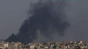 Το κτήριο που στεγάζει τα γραφεία του πρακτορείου Anadolu στη Γάζα χτυπήθηκε από ισραηλινά μαχητικά
