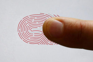 Ιταλία: Θα χτυπάνε κάρτα με… δακτυλικό αποτύπωμα οι δημόσιοι υπάλληλοι!