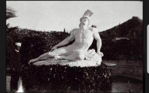 Βρέθηκε στην Αθήνα το βέλος που λείπει από το θρυλικό άγαλμα του Αχιλλέα στην Κέρκυρα