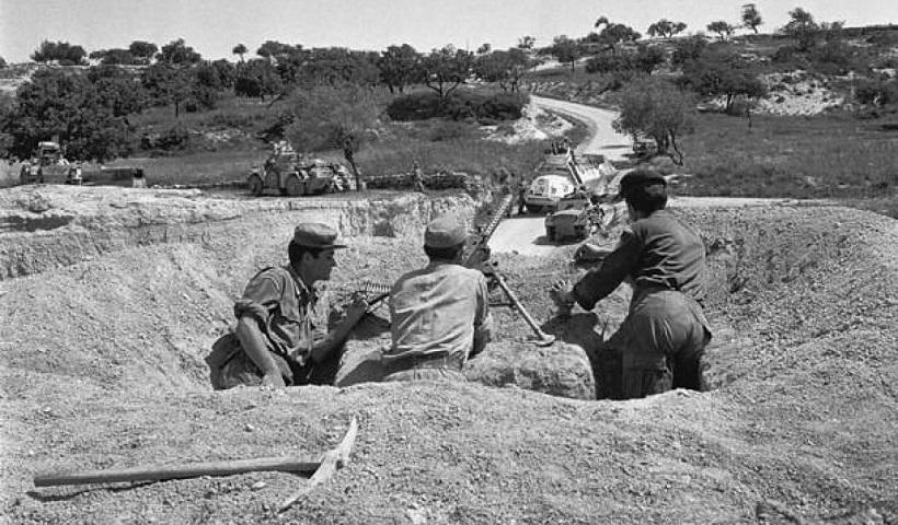 """""""Ποιοι περίμεναν τους ΕΛΔΥΚάριους που γύρισαν από τη μάχη το 1974; Μόνο οι τελωνειακοί""""! Ο Κ.Ζιαζιάς γράφει"""