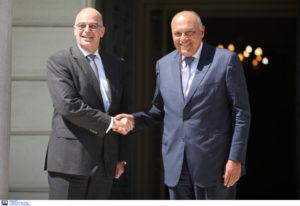 """Ελλάδα και Αίγυπτος """"απαντούν"""" στην Τουρκία και επιταχύνουν την οριοθέτηση ΑΟΖ"""