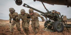 Ο Αμερικανικός στρατός δείχνει τα δόντια του: Αγοράζει 10.000 νέους πυραύλους και στέλνει ένα μήνυμα σε Ρωσία και Κίνα
