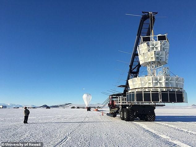 NASA: Ενδείξεις για παράλληλο σύμπαν - Ο χρόνος κινείται αντίστροφα - ΦΩΤΟ- ΒΙΝΤΕΟ