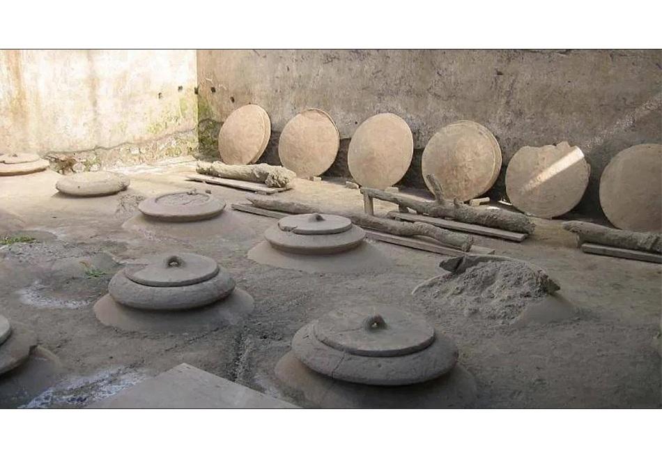 Κρασί 6.000 ετών βρέθηκε σε προϊστορικό οικισμό στην Καβάλα – Είναι το αρχαιότερο της Ευρώπης
