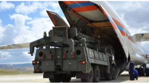 Η Τουρκία αγνοεί κάθε προειδοποίηση: Σε «προχωρημένο στάδιο» οι συνομιλίες με τη Ρωσία για την επόμενη συστοιχία S-400