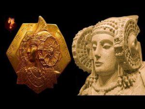 """Κυρία του Έλτσε: Η μυστηριώδης """"Βασίλισσα της Ατλαντίδας"""" με την παράξενη συσκευή στους κροτάφους"""