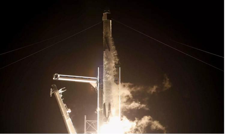 """Έφτασε στον Διεθνή Διαστημικό Σταθμό το """"Resilience"""" μετά από 27 ώρες – Χάθηκε ο ευρωπαϊκός πύραυλος"""