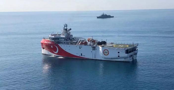 Τουρκία: Νέα παράνομη Navtex για «έρευνες» του Oruc Reis