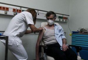 Κορονοϊός: Πρώτο αλλεργικό περιστατικό στην Ελλάδα από το εμβόλιο