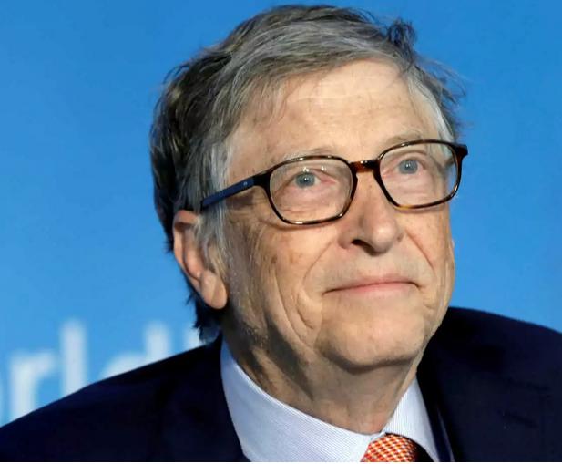 Bill Gates: Από το 2022 η επιστροφή στην κανονικότητα