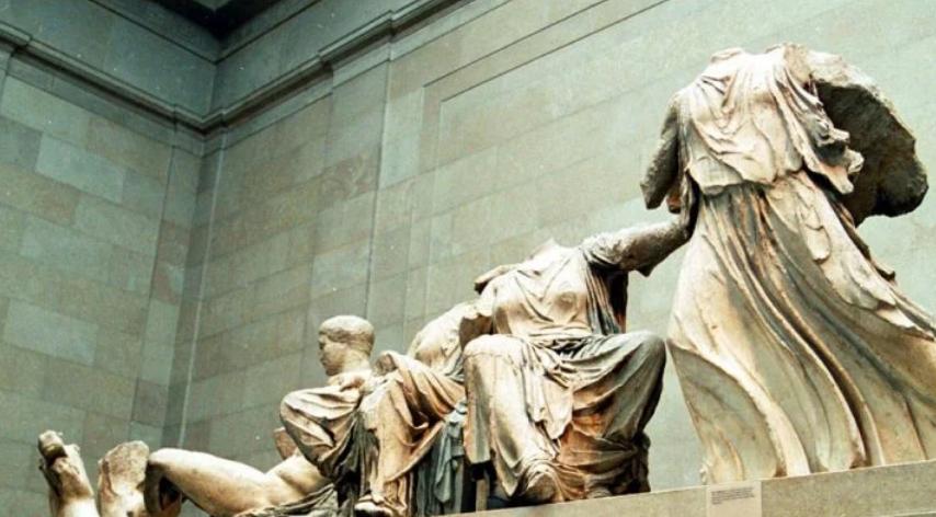 Λ. Μενδώνη για Γλυπτά Παρθενώνα: Ό,τι δεν έπραξαν οι Γότθοι, το έπραξαν οι Σκώτοι