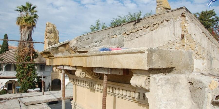 Ανακάλυψαν κρύπτη του 1821 στο υπόγειο Παγκύπριου Γυμνασίου