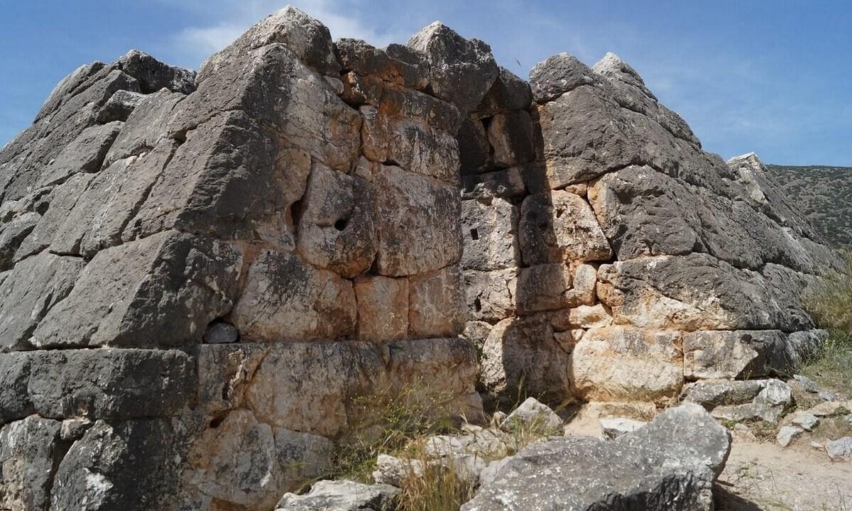 Οι άγνωστες πυραμίδες της Ελλάδας – Που βρίσκονται