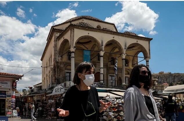 Γραβάνης: Να επανέλθει η υποχρεωτική χρήση μάσκας - Πρέπει να εμβολιαστούν τα παιδιά