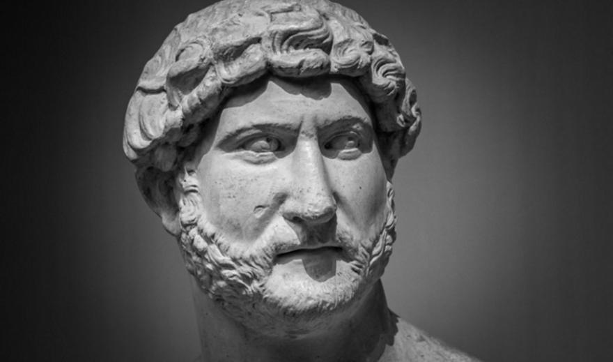 Κρήτη: Αρχαιολογική σκαπάνη στην Αρχαία Λύττο αποκάλυψε άγαλμα του Αδριανού