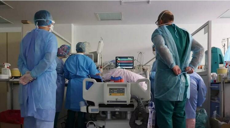 Παράταση για τους 10.000 ανεμβολίαστους υγειονομικούς ζητεί η ΠΟΕΔΗΝ